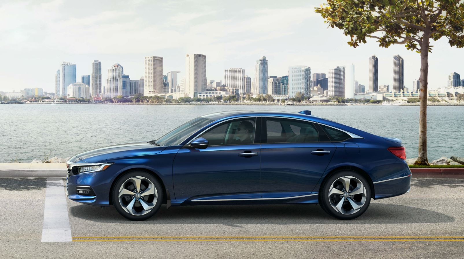 2018 Honda Accord at Richmond Hill Honda in the Greater Toronto Area (GTA, Ontario)