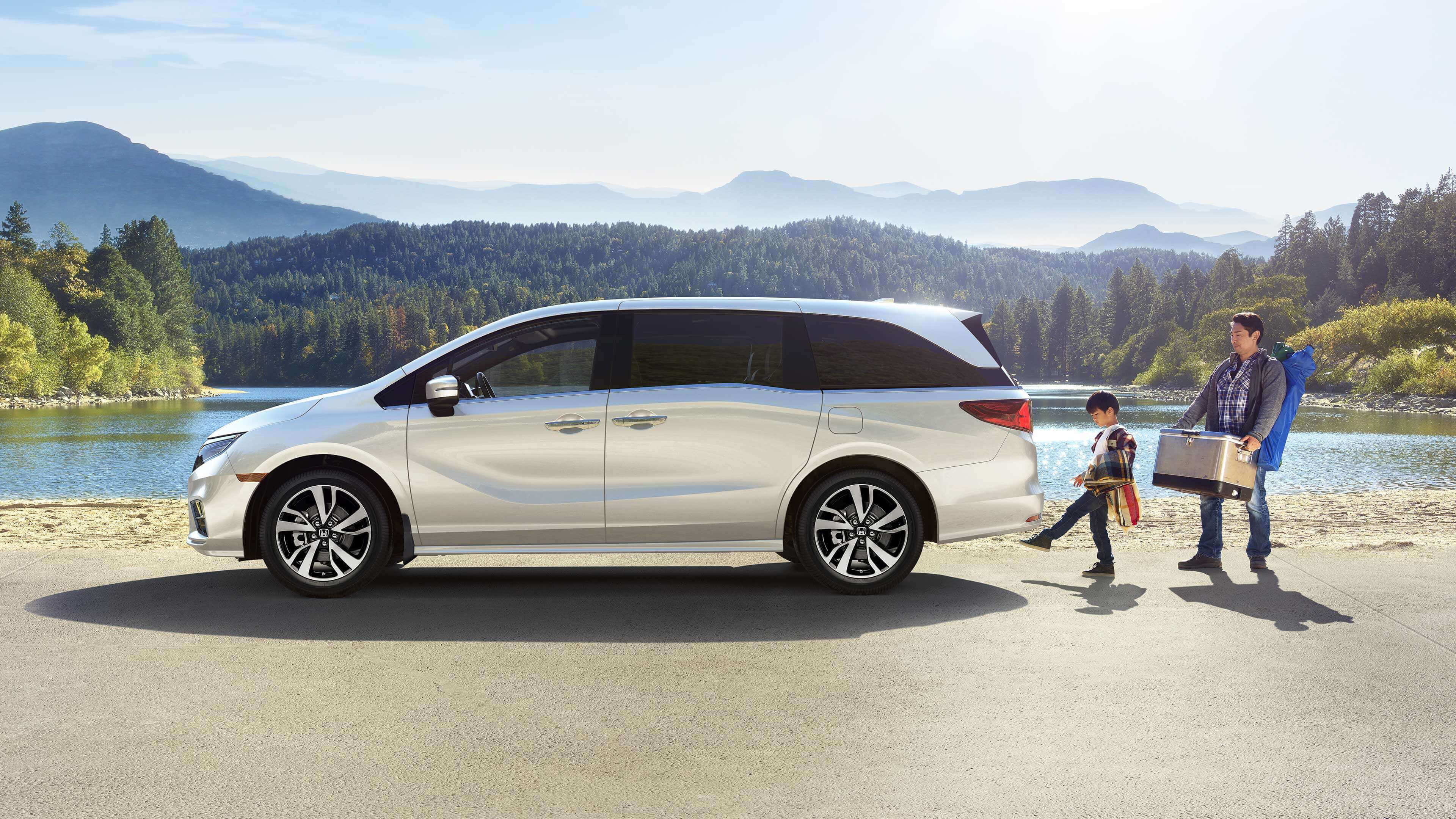 2020 Honda Odyssey  at Richmond Hill Honda in Toronto and the GTA