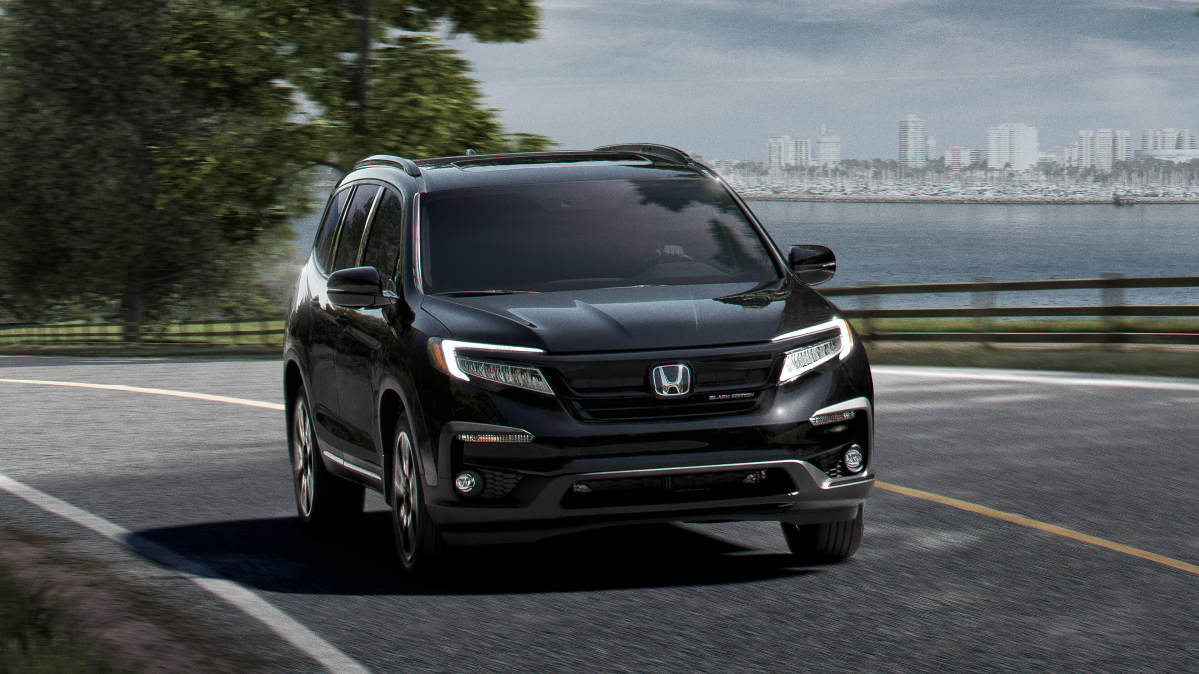 2020 Honda Pilot Exterior at Richmond Hill Honda in Toronto and the GTA